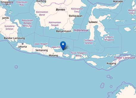 Sisma al largo di Bali, tre morti